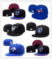 Good Style Hommes Toronto On Field Style Noir Baseball Fitted Chapeaux Logo de l'équipe Sport brodé Complet Fermé Caps Out Porte Fashion Bones