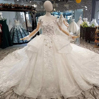 Beauty Puffy Wedding Gowns With Royal Train O- Neck Long Slee...