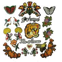 1 Set İşlemeli Yamalar Dikmek-Açık Aplikler Kuşlar Kaplanlar Çiçek Mektubu DIY Patchwork Dekoratif Aksesuarları için Kapitone İşi