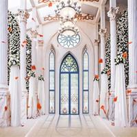 Iç Saray Avizeler Düğün Backdrop Fotoğraf Baskılı Beyaz Sütunlar için Çiçek Duvar Mavi Kemerli Kapı Fotoğraf Stüdyosu Arka