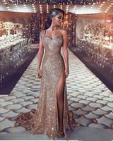 Lussuoso 2019 arabo Split Bling Bling abiti da sera una spalla in rilievo cristalli paillettes Prom Dresses Sparkly abiti da festa formale sexy