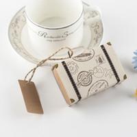 Kraft DIY Vintage Mini Koffer Pralinenschachtel mit Tags Schokolade Verpackung Geschenk Box Süße Taschen Party Hochzeit Gunsten für Gäste