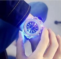 Светодиодные женевские часы силиконовые персонализированные алмазные кварцевые часы мода мужчины и женщины роскошные часы творческий подарок