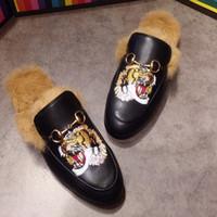 2018 Princetown Moccasins Kürk Terlik Katır Daireler Lüks Tasarımcı Moda Loafer'lar Yüksek Kaliteli Horsebit Düz Rahat Ayakkabılar 40-47 w01