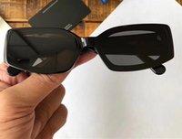 De luxe Awg lunettes de soleil pour les femmes avec rivets UV Protection femmes Designer Vintage Square Full Frame Top qualité viennent avec le paquet