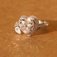 أزياء أنيقة فضة مطلية بالذهب الأبيض المرأة الجمال كريستال خواتم الزفاف حجر سيدة القلب الحجم 6 7 8 حار بيع أعلى جودة