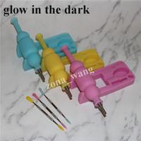Incandescenza fumatori in silicone scuro Nettare collector set con 10mm GR2 Titanium Nail Mini Glass Tubi per tubi per tubi di vetro Concentrato Silicon DAB Pad