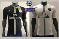 Perfeito versão 18 19 jogador pSG camisa de futebol camisa de jersey de  Paris slim af1637332ed6c