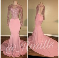 2018 Light Pink Sheer Maniche lunghe Satin Mermaid Prom Dresses Applique in pizzo con perline Backless Sweep Train Formal Party abiti da sera