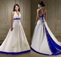 2018 Modest Satin A Line Wedding Dresses Embroidery Halter N...