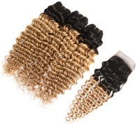 Dunkle Wurzeln tiefe Welle lockige 1B 27 Erdbeere blonde Haare mit Verschluss 3 Bundles mit 4 * 4 Spitze Schließung Omber Menschenhaar mit Verschluss