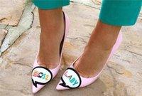 Мода Черный Розовый Тонкий Высокие Каблуки Заостренные Пальцы Стилет Сладкий Стиль Женщины Насосы Босс Леди Вышивать Платье Партии Обувь Zapatos Mujer