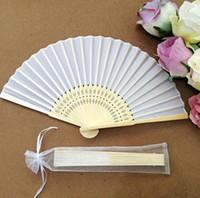 ロットアート手作りの中国のシルク折りたたみの竹の手ファンのファンの結婚式のファン送料無料