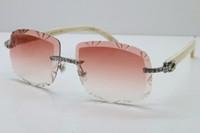 자체로 만든 흰색 무두질 선글라스 T8200762 큰 돌 트리밍 정품 남성 안경 뜨거운 여성들이 자연 렌즈 태양의 새로운 wbhle