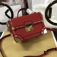 New Fashion Woman Box Bags Brand Classic Rivet Chains Flap M...