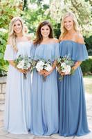 2021 Blaue Brautjungfernkleider mit Boho von der Schulter Brautjungfer Kleid Böhmischen A-Linie Langer Chiffon-Hauptry-Ehren-Äußere Besondere Anlässe Kleider