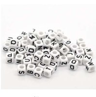 "Doreen Box hot-misto bianco alfabeto / lettera perline in acrilico per gioielli fai da te fare 6x6mm (1/4 ""x1 / 4""), 500Pcs (B18077)"