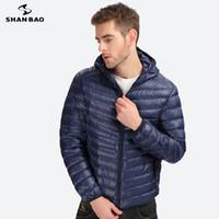 SHAN BAO ropa de marca casual 2017 nueva chaqueta fina abajo de alta calidad de los hombres pato blanco abajo moda chaqueta con capucha abajo 6 colores L18101103