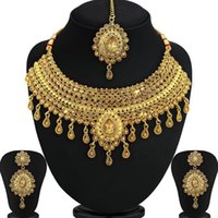 Jewelry set gold-plated gold vintage wedding dress jewelry necklace necklace earrings pendant gold jewelry alloy plated silver gilt