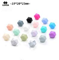 Silikon-Perlen für Kinderkrankheiten Halskette Schmuck DIY Ikosaeder Perlen besser als Hexagon 50pieces / lot