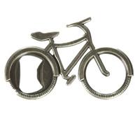 Ouvrons un ouvre-bouteille de vélo Adventure Un œillet dans une roue de vélo agit comme un ouvre-bouteille