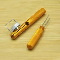 Diseño práctico Aleación de aluminio Gancho Herramienta de nivel Metal Nudo de aguja de doble cabezal de color dorado Línea de pesca Nudo para deportes al aire libre 3 8jl ZZ