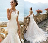 Abiti da sposa eleganti Mermaid Abiti da sposa Collo a punta Summer Beach Abiti da sposa vintage con See Through Back
