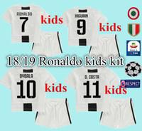 top 18 19 crianças em casa de futebol Jersey Kits 2018 2019 Ronaldo  MARCHISIO DYBALA HIGUAIN 997dcc9664560