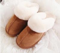 430cb789c78 Cuir de vachette naturel Pantoufles en fourrure Mode femme hiver Pantoufles  Femmes Chaud Intérieur Top Qualité