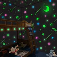 Luminous princess gril decoraciones de pared pegatina lindo resplandor pegatinas para dormitorios dibujos animados tatuajes de pared magia mágica pegatinas de pared niños juguete
