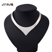 LZHLQ 2017 Fashion V Shape 3 Colors Rock Street Torques Cola...