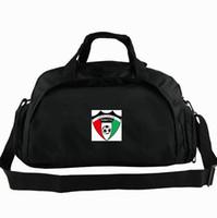 Kuwait Seesack KWT nationale tote FA Spielzustand Football Team Rucksack Fußball 2-Wege-Einsatz Gepäck Sport Schulter Duffle Abzeichen Schlinge Pack