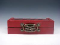 Juego de ajedrez 32 piezas antiguas de soldado Tablero de caja de madera Manijas de latón