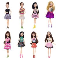64c102012 OOTDTY Mais Novo Boneca Roupas Feitas À Mão Bela Moda Vestido Para Nobre  Boneca Meninas Toy