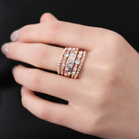 5 Pcs Charme Sparkly Vintage cores Rose Gold cristal Rhinestone empilhável Set Anel por Mulheres Wedding Jewelry