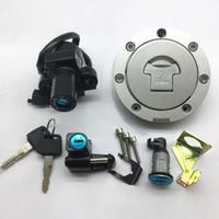ホンダRVF400 / VFR400 / NC30 / NC35オートバイのための真新しいイグニッションスイッチの燃料ガスキャップの座席のロックキーセット