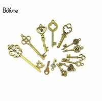 BoYuTe (13 Pieces Lot) Charms Mixed Keys Pendant Antique Bro...