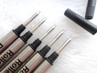 Venta caliente - 10 piezas de alta calidad Monte negro / azul de repuesto Roller bolígrafo de relleno de la escuela de escritura accesorios especiales de tinta