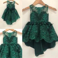 2019 Vintage Çiçek Kız Elbise Düğün Hi-Lo Zerer Yeşil Büyük Yay Orta Doğu Dubai Prenses Çocuklar İlk Communion Gowns Doğum Günü Ucuz