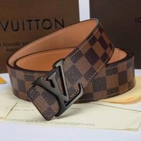 Cinturón de cuero de piel de vaca masculina de lujo Cinturones de hombre  Cinturones de diseño ce68613a28fd