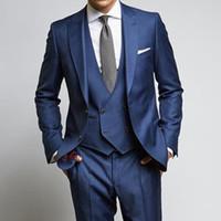 Marine Hochzeit Groomsmen Smoking Bräutigam tragen 2018 klassischen Stil erreichte Revers drei Stück Business Party Männer Anzüge Jacke Hosen Weste