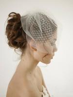 Veil de visage blanc élégant pour la soirée de mariée Soirée courte mode cheveux accessoires de cheveux pas cher Simple Netting Elomate Netting Bridal Blother Veilcheap Dou