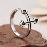 Para hombre de la vendimia anillos ajustables plateados plata Negro de cristal abierto Cruz gótica banda anillo del motorista del punk Knight joyería R064