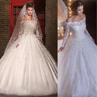 2016 Off Ramię Suknie Ślubne Długie Rękawy Koronki Kwiaty Aplikacje Suknia Balowa Sąd Pociąg Tulle Wedding Suknie Ślubne Liban Made Custom