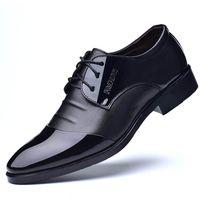 Boyutu 38-48 Yeni 2019 Iş Elbise Erkekler Resmi Ayakkabı Düğün Sivri Burun Moda PU Deri Ayakkabı Erkekler Için Yakışıklı Flats Oxford Ayakkabı
