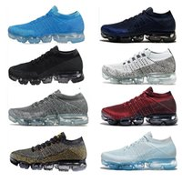 2018 Mens Running Shoes Sale Light Soft Sneakers Mujeres transpirable Athletic Sport Shoe Corss Senderismo Jogging Calcetines Zapatillas 36-45