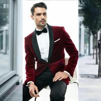 Burgundy Red Velvet-Schal-Revers-Mann-Klagen Hochzeitsanzüge Bräutigam Lässige Smoking Kostüm Homme Slim Fit Bester Mann Blazer Prom Jacke Hosen