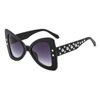 2018 Borboleta Óculos De Sol Da Marca De Luxo Designer de Pérola Retro Cat Eye Óculos de Lente HD Sexy Vintage Moda Gradiente Óculos