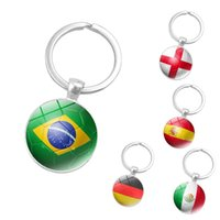 2018 كأس العالم لكرة القدم العلم الوطني صور الزجاج كابوشون قلادة المفاتيح كيرينغ كرة القدم المشجعين الهدايا الإبداعية الملحقات