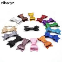 20 개 Retai 55 색 세련된 유럽 3 인치 반짝이 가죽 헤어 활 클립 어린이 헤어핀 Bowknot 헤어 액세서리 모자 크리스마스 선물